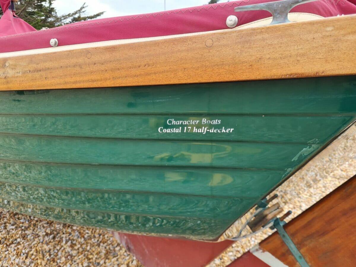 Character Boats Coastal 17 half-decker 5