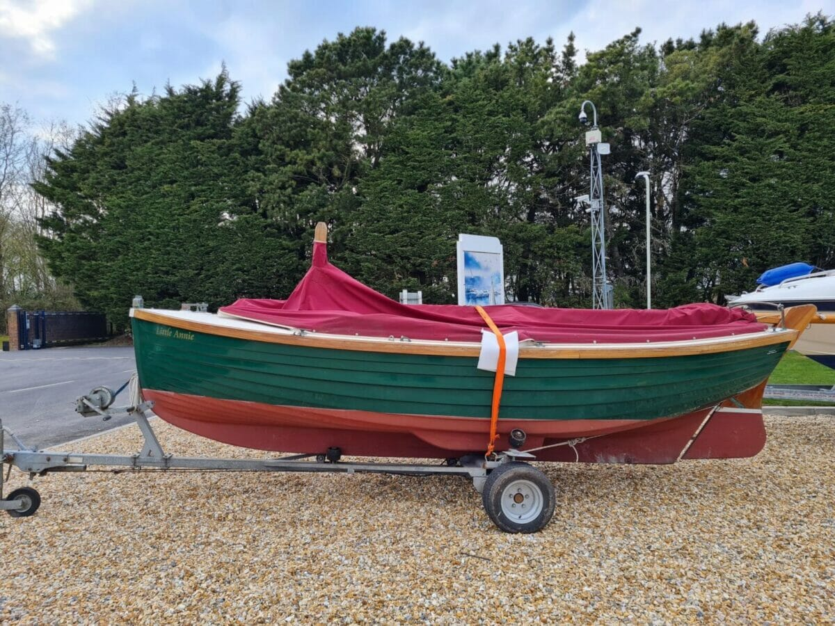 Character Boats Coastal 17 half-decker 6