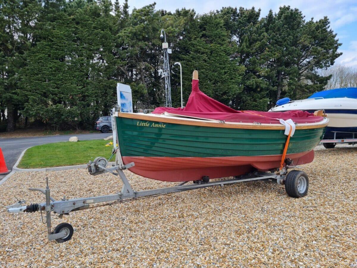 Character Boats Coastal 17 half-deker 9